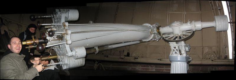 IMG_5998-IMG_6002_Vlad_and_telescope