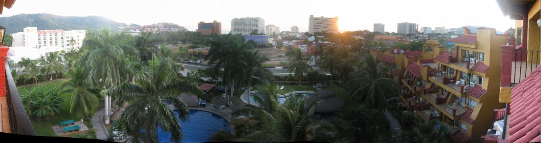 IMG_3584-IMG_3593_Puerta_del_Mar_Hotel_balcony_panorama_view_in_Ixtapa_