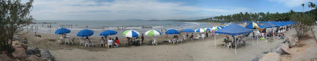 IMG_3677-IMG_3682_Beach_in_Ixtapa
